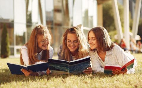 Робимо літо школяра корисним: цікаві ідеї та поради